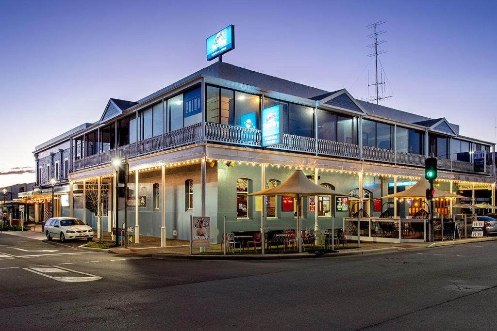portside-tavern-1